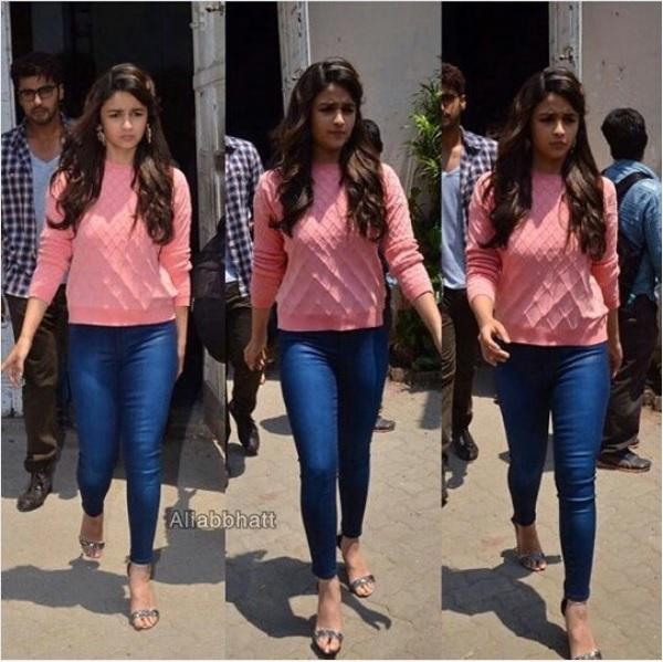 ali bhatt denim jeans pink tshirts available online
